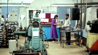 SME Loans for Entrepreneurs from Mahindra Finance (English)