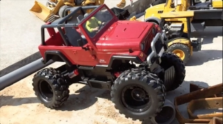 BRUDER RC Toys: MOTORSTORM ROWDY in Jack's movietube Construction