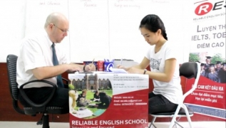 Model IELTS Speaking Test by Mr. Mike and Ms. Mai Ly (8.0 IELTS)_Part1